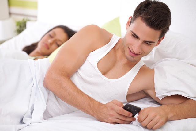 APA PERLU BUAT KALAU SUAMI TAK BAGI SENTUH PHONE DIA