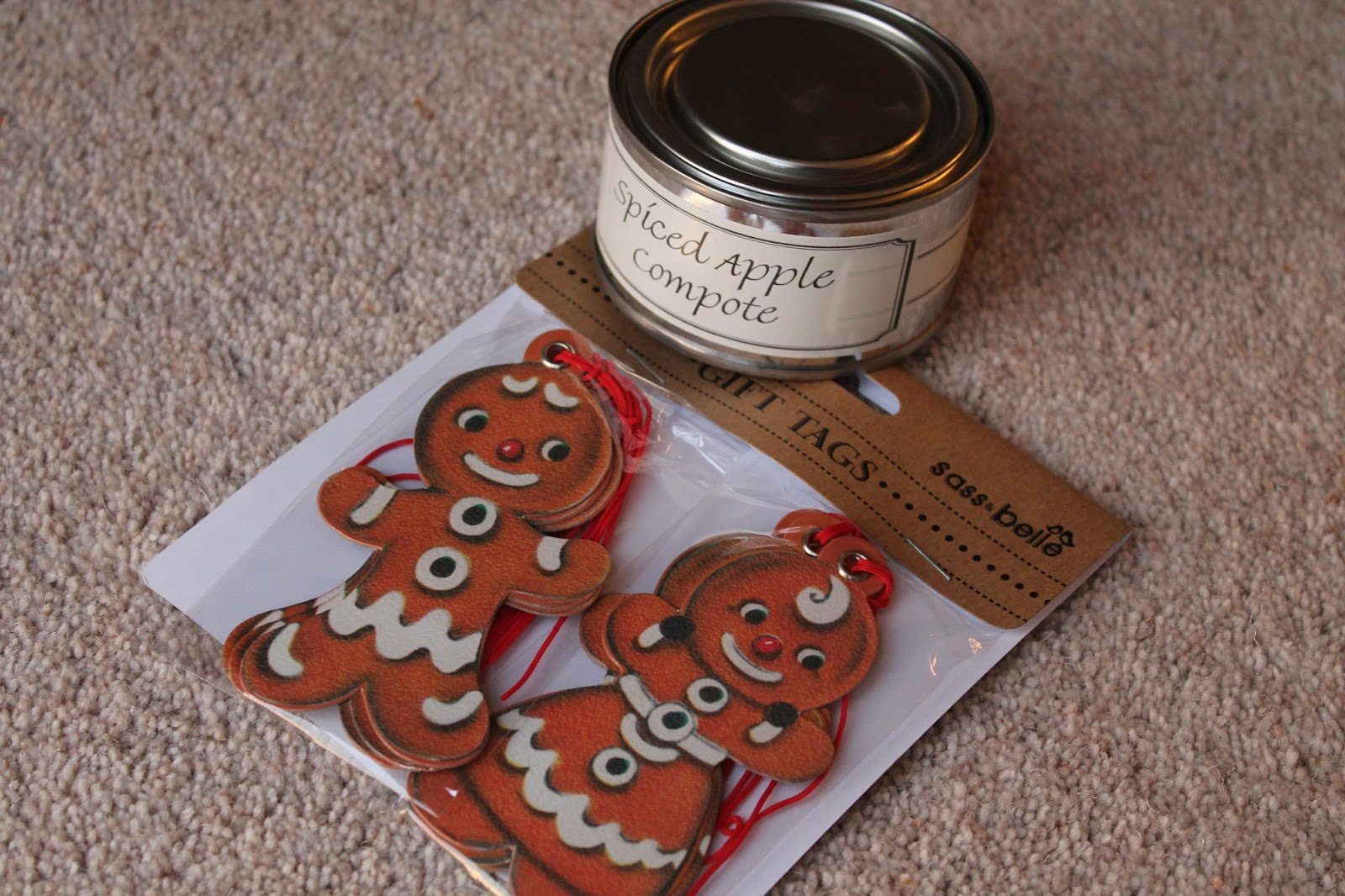 Lots of Loveliness Middlesbrough Pintail Candle and Gingerbread Christmas Tags