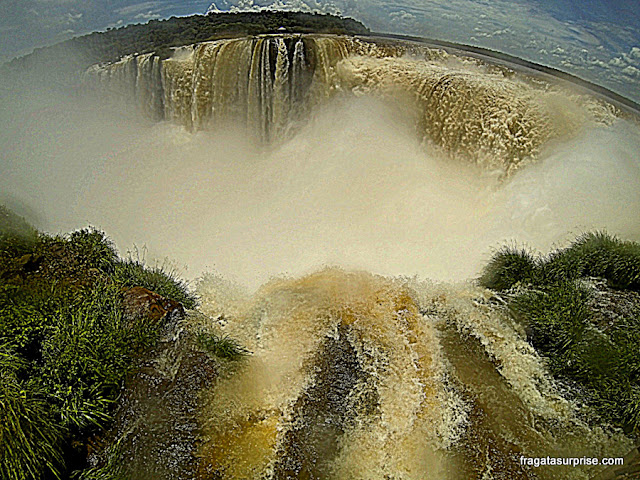 Garganta do Diabo, no lado argentino das Cataratas do Iguaçu