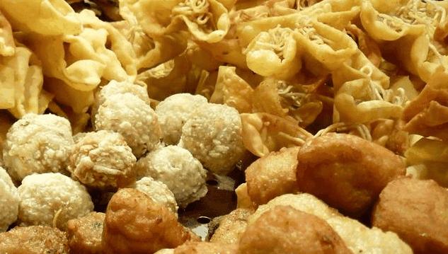 Makanan yang Sebaiknya Dihindari saat Puasa