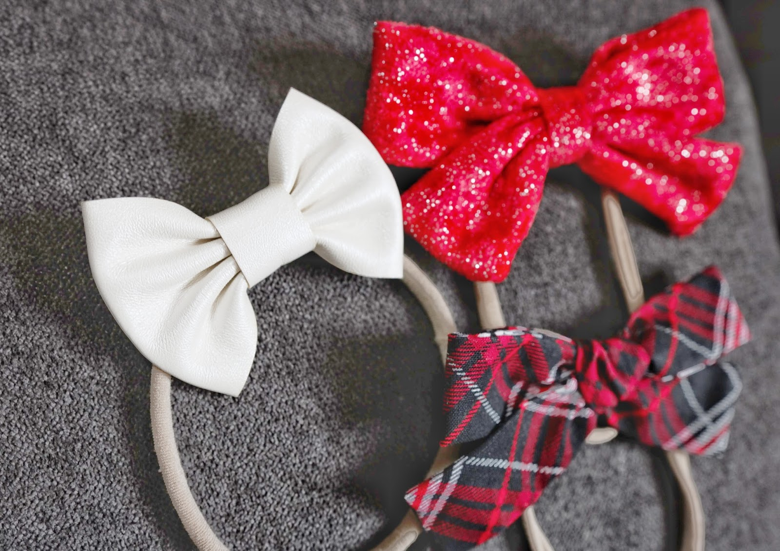 Sweet Cheeks Shop December 2017 holiday red plaid bow monthly subscription