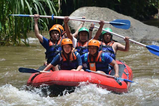 foto rafting di sungai ayung ubud