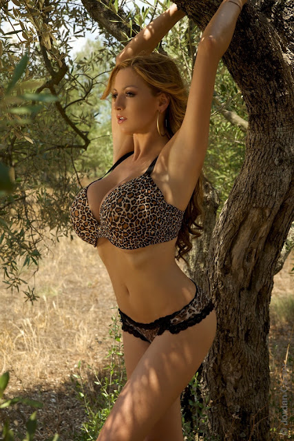 Jordan-Carver-Jane-hot-sexy-photo-shoot-hd-image-20