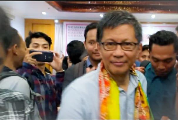 Rocky Gerung Kaget, PNS DKI Teriak Ganti Presiden