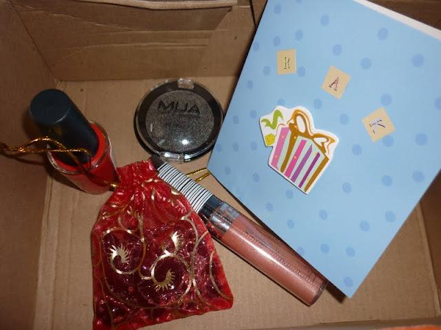 RAK blog swap gifts