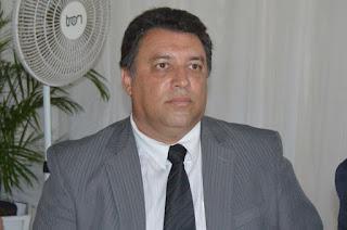 http://vnoticia.com.br/noticia/3196-justica-decreta-prisao-preventiva-do-vereador-afastado-de-sfi-jaredio-azevedo