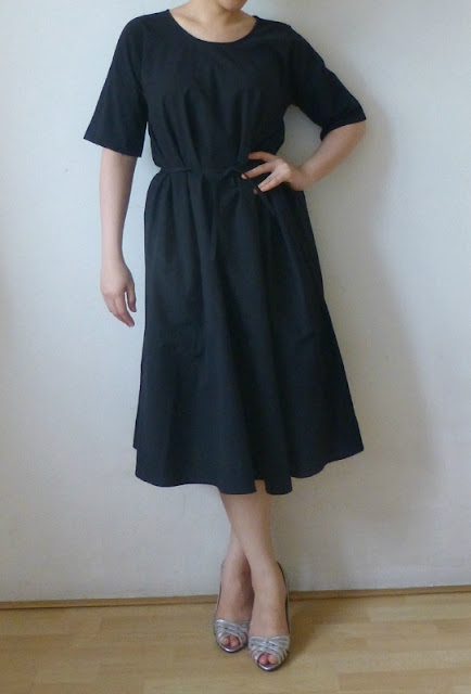 uniqlo-lemaire-short-sleeved-dress