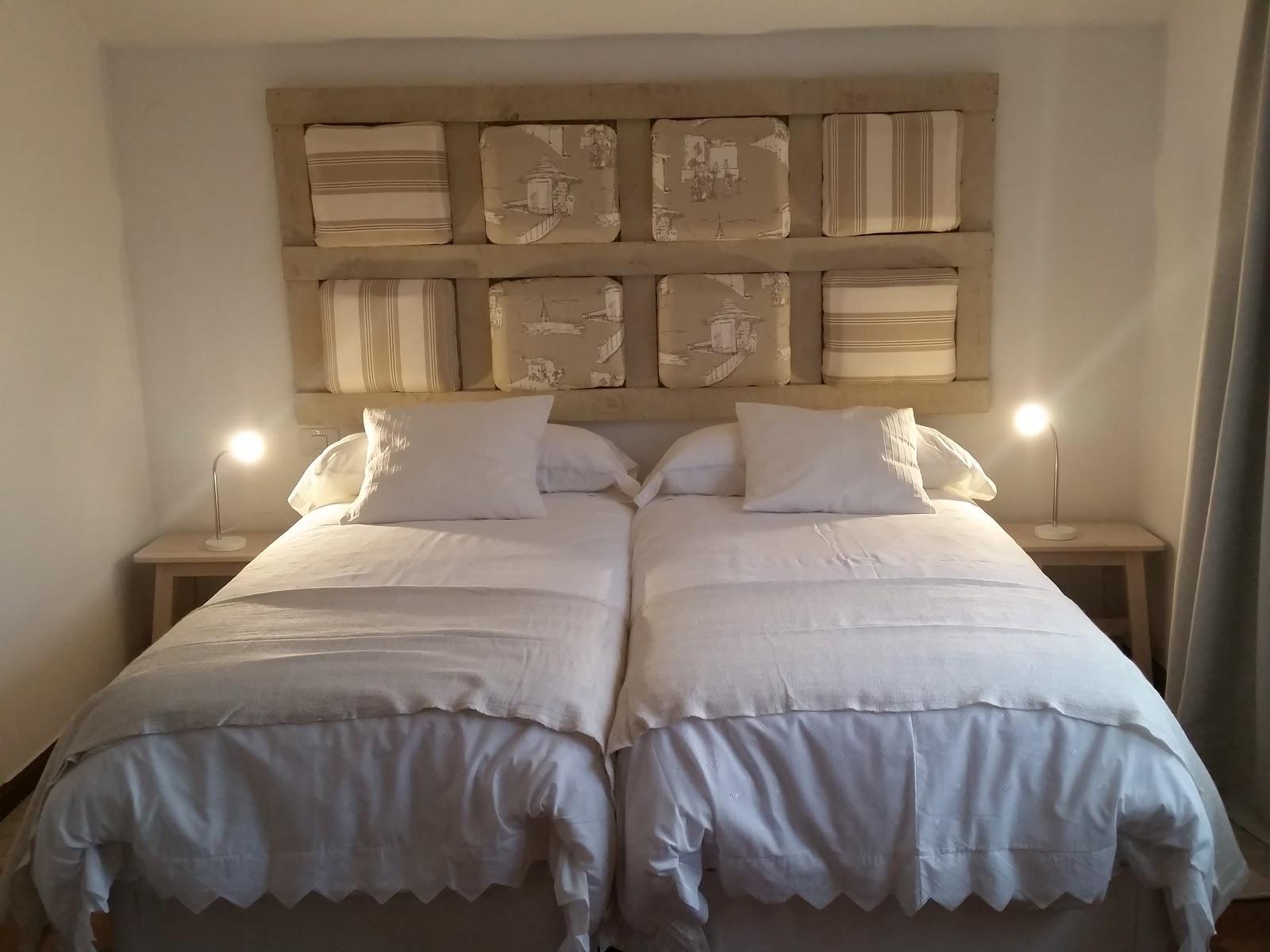 Cabecero cama casero cheap cabecero cama cartn ecolgico - Cabeceros caseros de cama ...