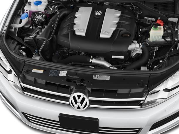 2012 Volkswagen Touareg VR6 Sport | Sport Car Pictures