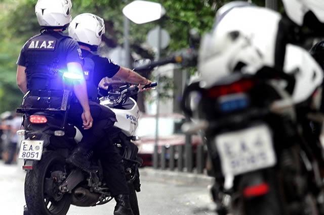 Τροχαίο ατύχημα με αστυνομικό της ομάδας Δίας στη Λάρισα
