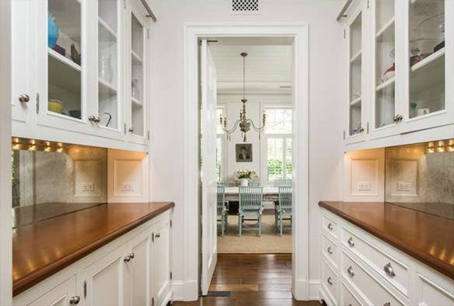 Butler pantry in Cliffwood traditional mansion home designed by Steve Giannetti in Brentwood Park