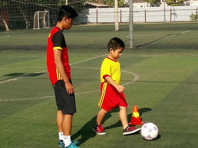 Huấn luyện bóng đá trẻ em Hồ Chí Minh