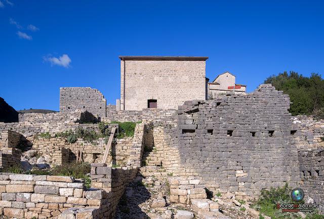 """Παραμένει """"νεκρό"""" από επισκέπτες το αναστηλωμένο βυζαντινό αρχαιολογικό πάρκο Οσδίνας"""