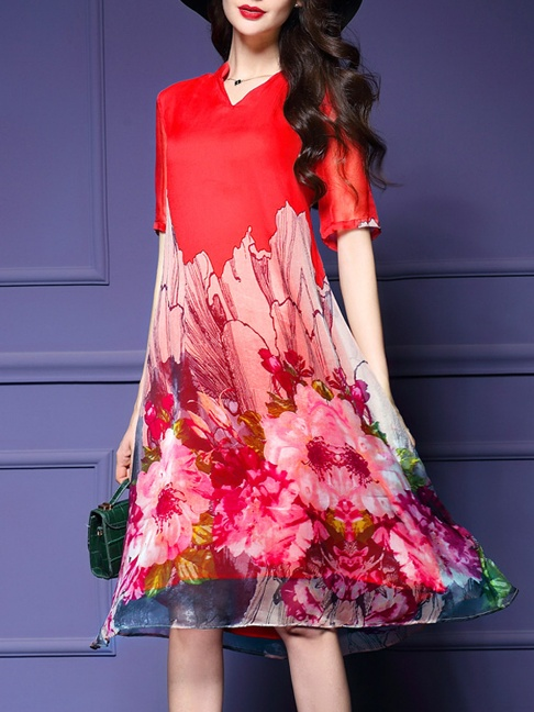 V-Neck Floral Printed Midi Shift Dress -Summer Sale Price: US$32.95