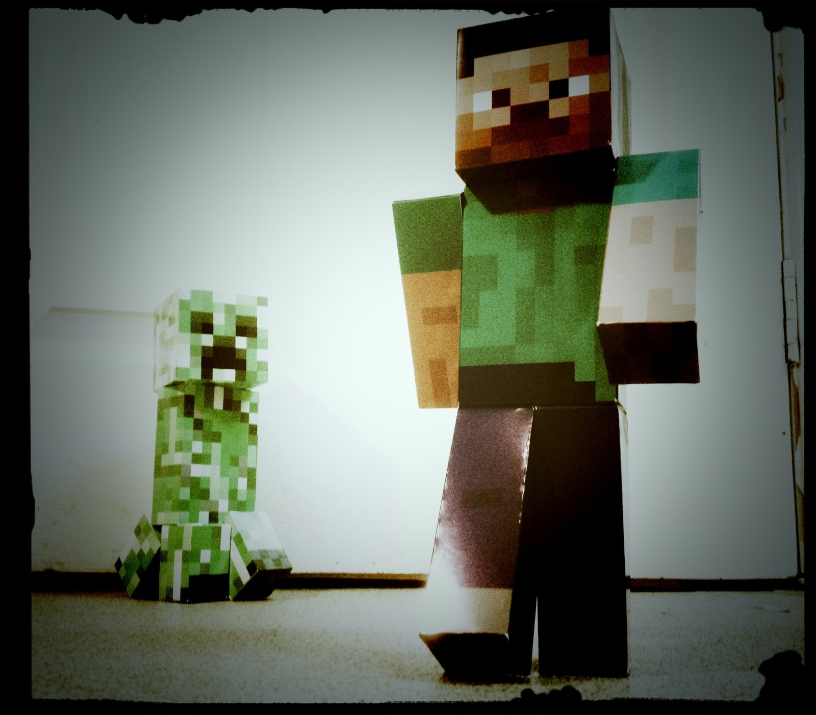 Minecraft blog - Minecraft creeper and steve ...