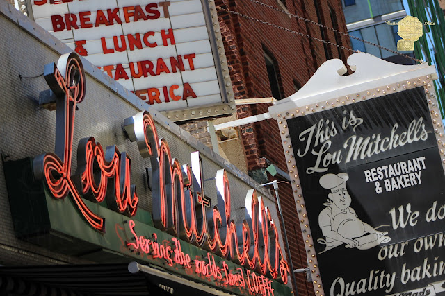 Lou Mitchell's Restaurant And Bakery Chicago