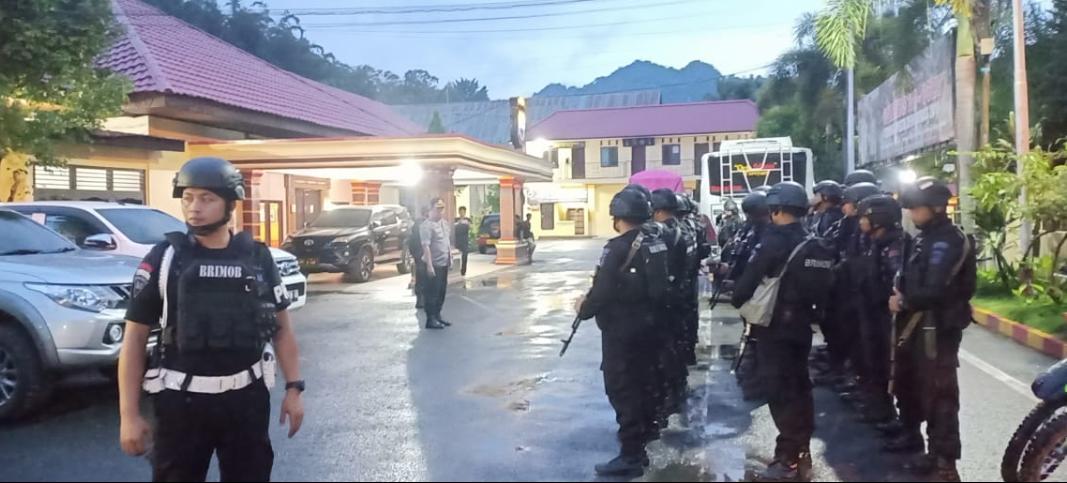 Perkuat Pengamanan, 50 Personil Brimob Siap Amankan Pemilu di Toraja