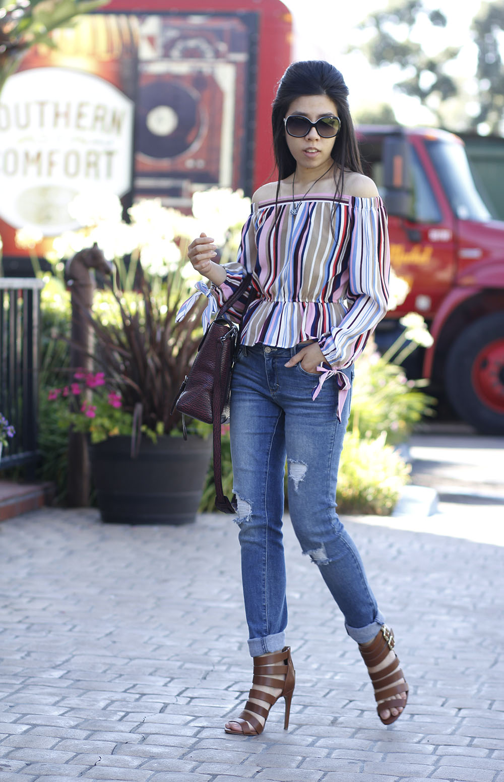 Adrienne Nguyen_Casual Summer Style _ Off the shoulder top with distressed jeans