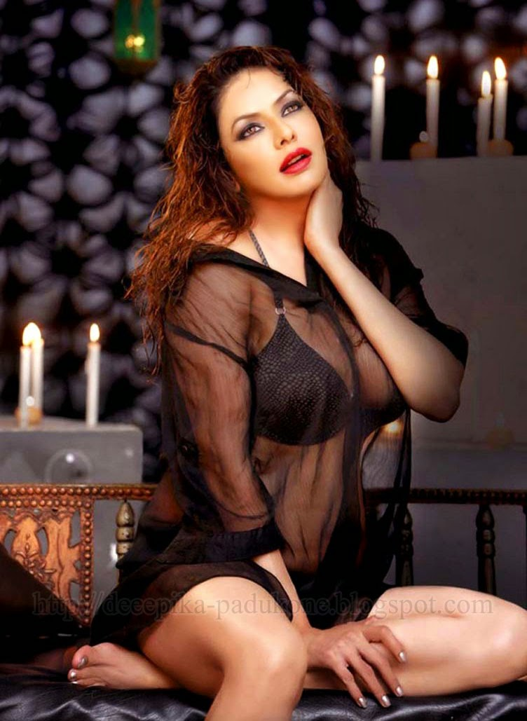 Poonam Jhawar In Transparent Black Nighty