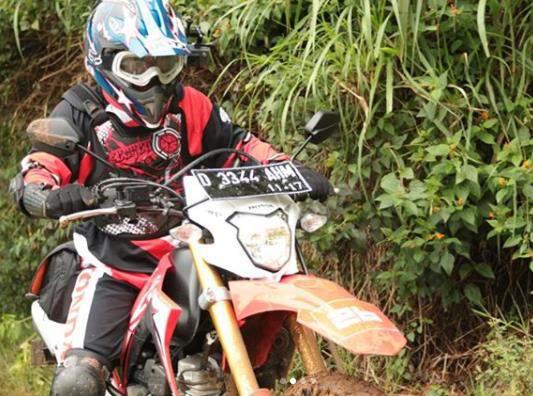 Dudukan_plat_nomer_New_Honda_CRF150L
