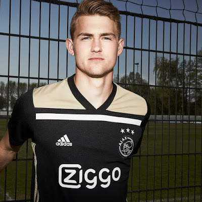 AFC Ajax adidas Away Kit 2018-19