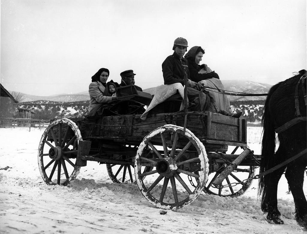 New mexico taos county penasco - A Hispanic Family In Their Wagon Pe Asco New Mexico 1943