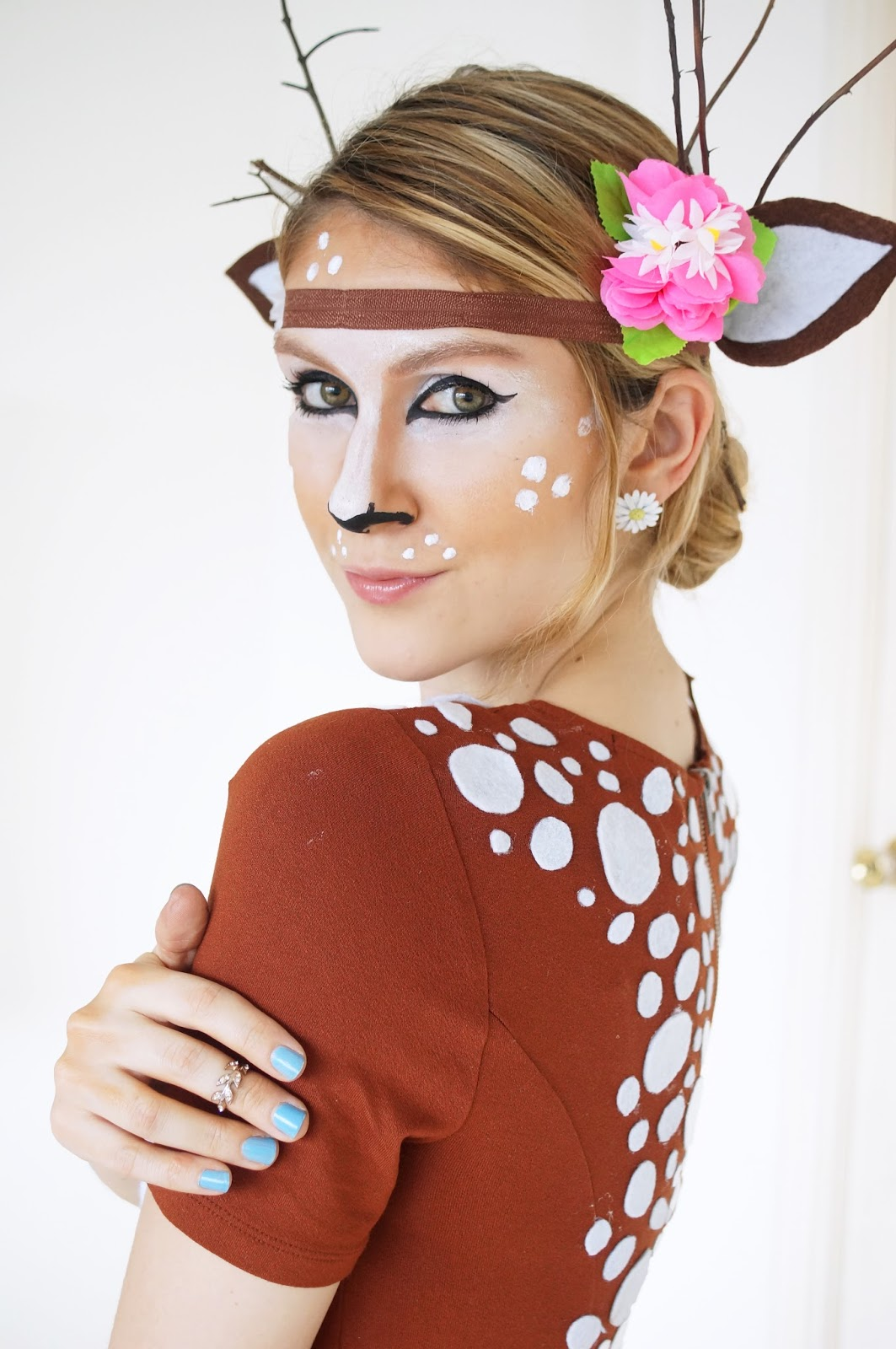 the joy of fashion halloween cute homemade deer costume. Black Bedroom Furniture Sets. Home Design Ideas