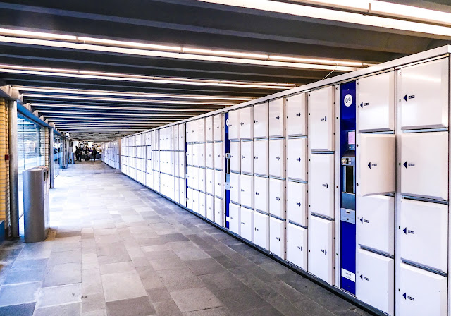 Lockers in Eindhoven railway station.