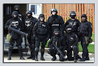 Anggota SWAT