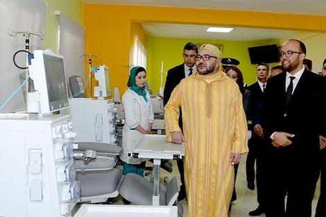 aljihawia24 - الملك يدشن مركزا للعلاجات الصحية بسيدي بوقنادل