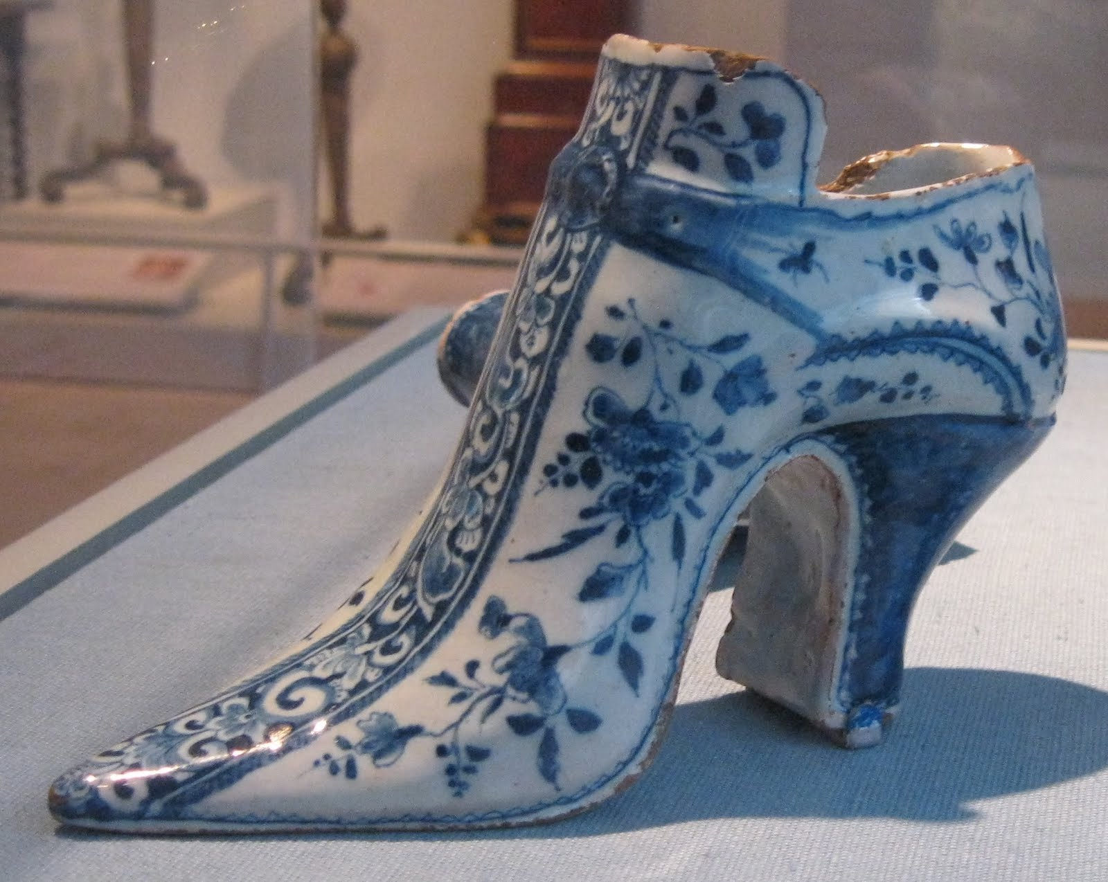 e3dbbc3b06f5a Two Nerdy History Girls: Shoes of Silk, Shoes of Earthenware: c. 1730