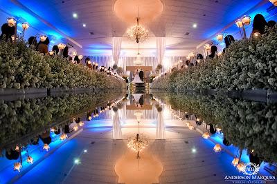 casamento clássico, casamento elegante, casamento chique, casamento real, casamento rústico, decoração branca, tapete de espelho, passarela espelhada, casamento, cerimonia de casamento, anderson marques