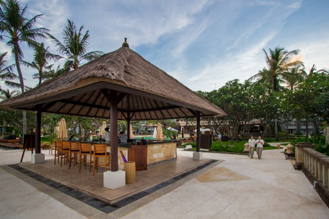 Azure Bar & Kiosk at Conrad Bali
