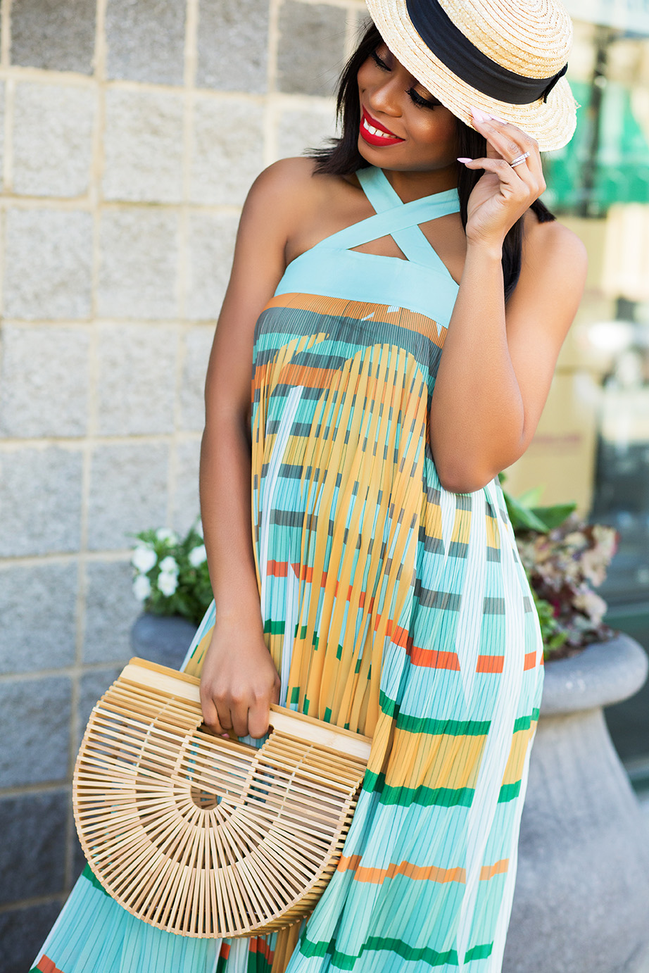 Pleated maxi dress, cult gaia bag, www.jadore-fashion.com