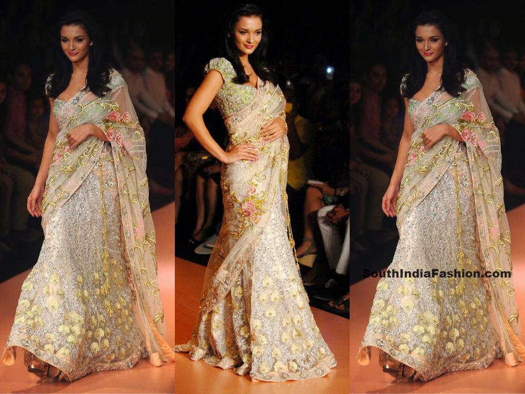 Bollywood Style Lehenga Online - ninecolours.com