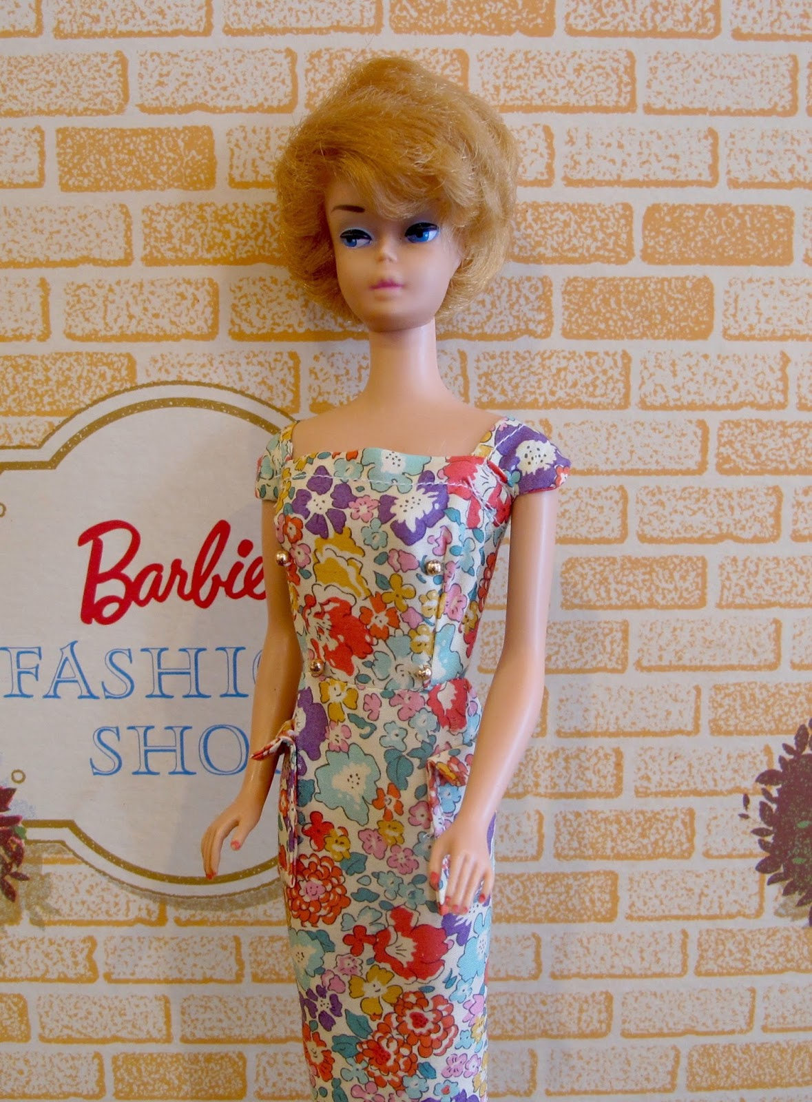 Susan 39 S Mini Homes Happy Easter Fashion Show At The Vintage Barbie Fashion Shop