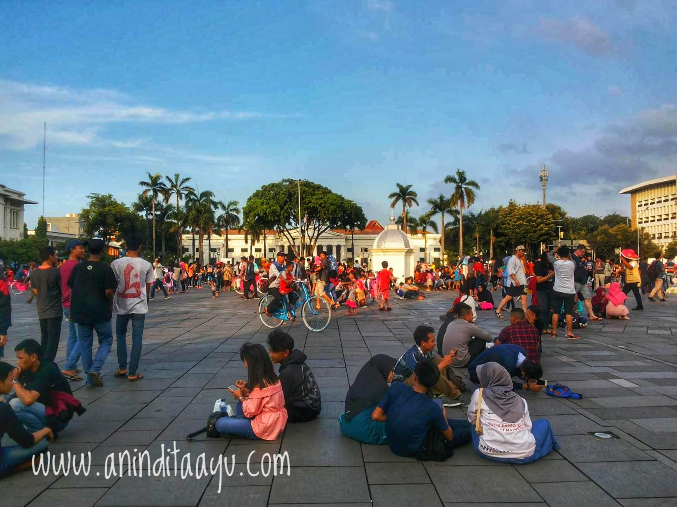 Kota Tua Jakarta liburan di luar kota