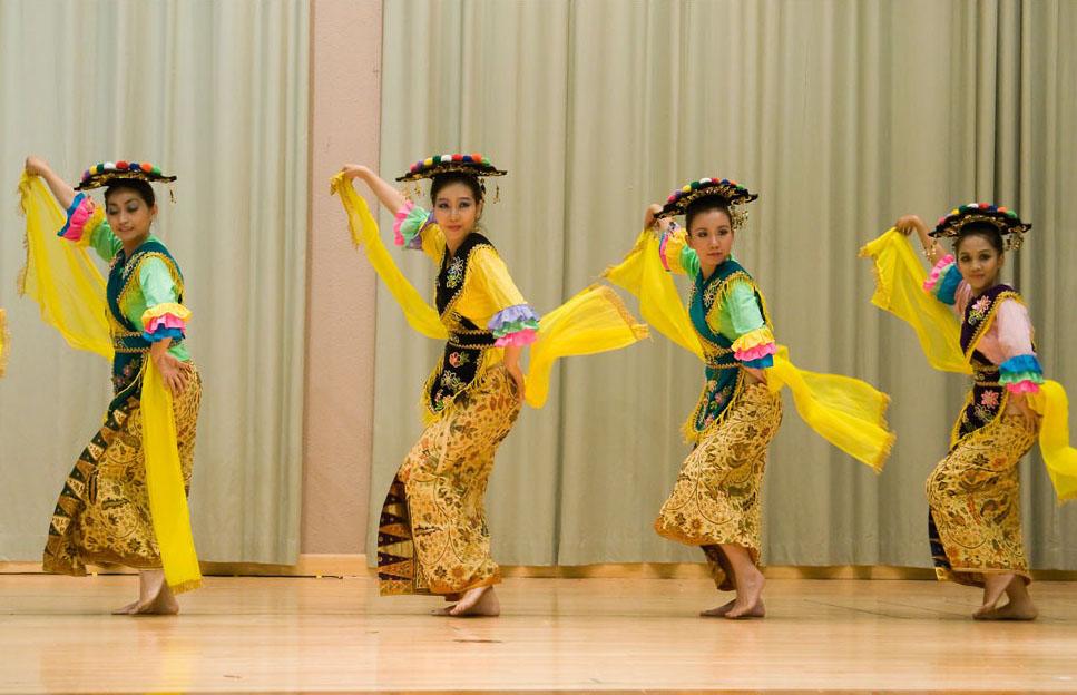 Tari Lenggo, Tarian Tradisional Dari Bima Provinsi NTB