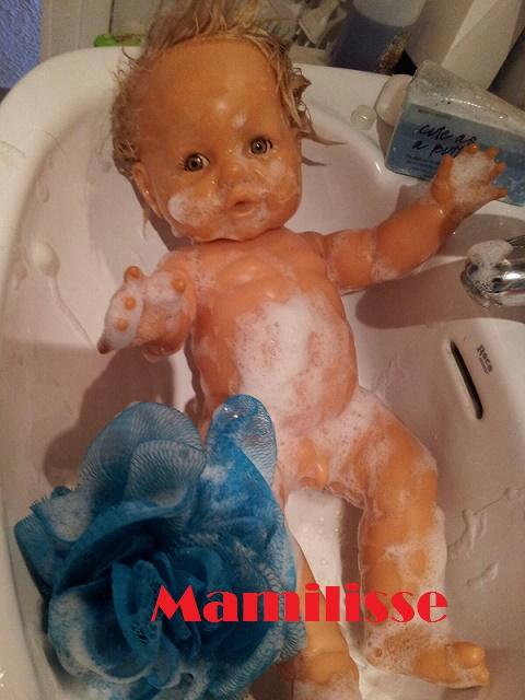 Tu Nene tomando un baño