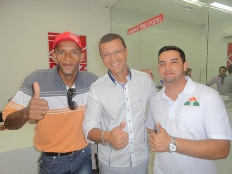 Estяutuя .иet - Serra do Vento  Inauguração das Óticas Diniz em Belo ... 0016aa10e0