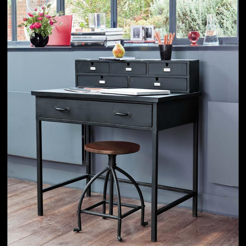 cosas de palmichula haciendo hueco para el secreter. Black Bedroom Furniture Sets. Home Design Ideas