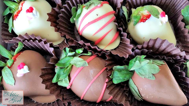 GourmetGiftBaskets.com, Chocolate Covered Strawberries, Gourmet Gifts, Valentines Day Gifts