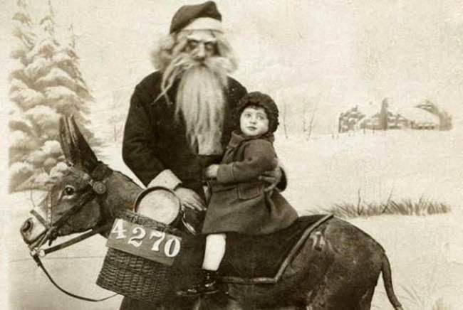 These 30 Creepy Vintage Santa Claus Photos That Will Give You Nightmares Vintage Everyday