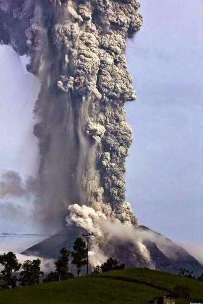 Mount Sinabung Eruption, Indonesia / Facebook