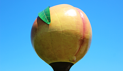 giant peach peachoid gaffney south carolina