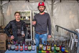 Cerveja Lula Livre é vendida na Feira da 17ª Jornada de Agroecologia