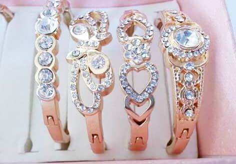 gelang emas wanita terbaru