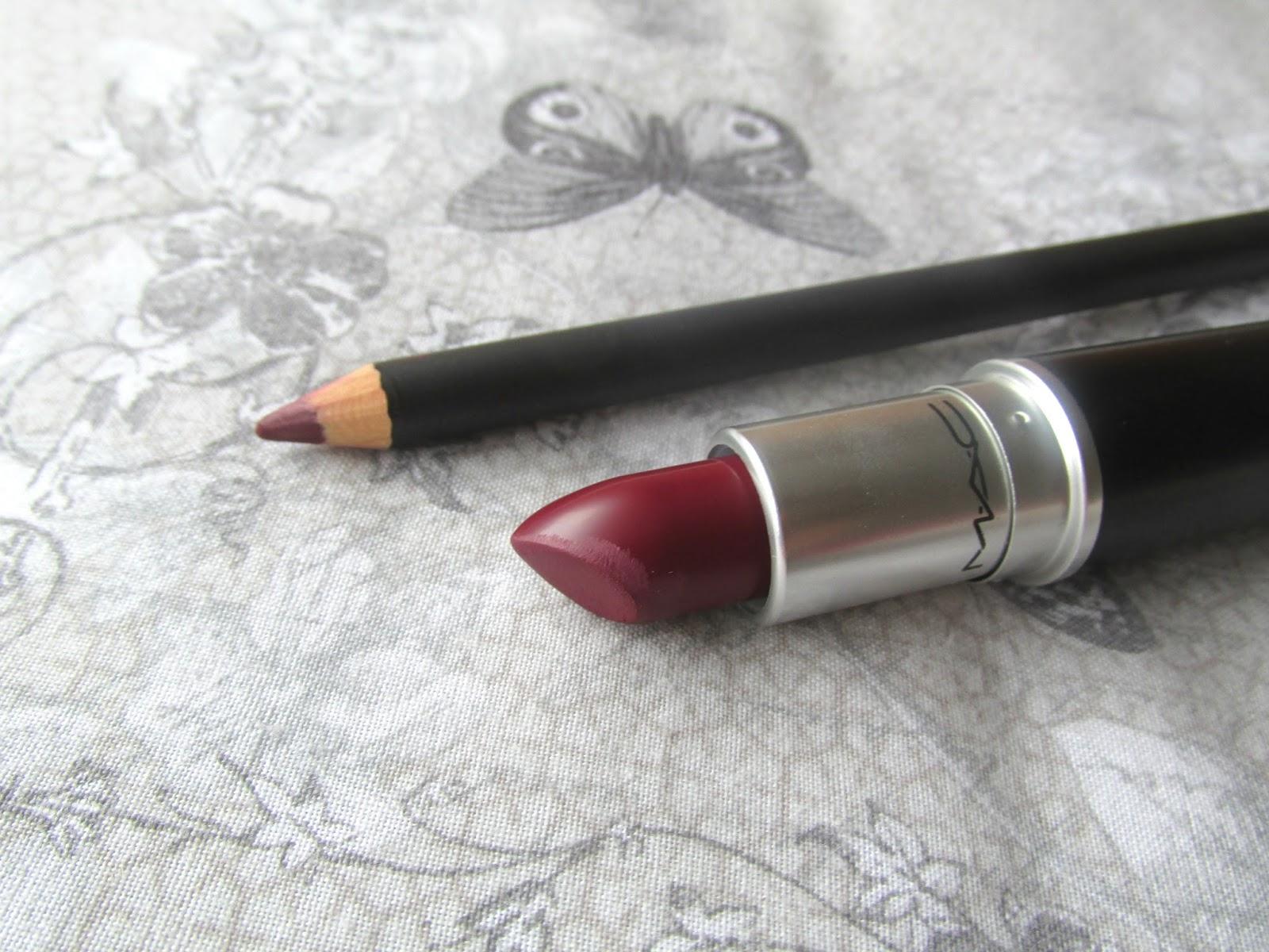 Ben noto The Imperfect Beauty | Irish Beauty Blog: MAC Diva Lipstick  VW32