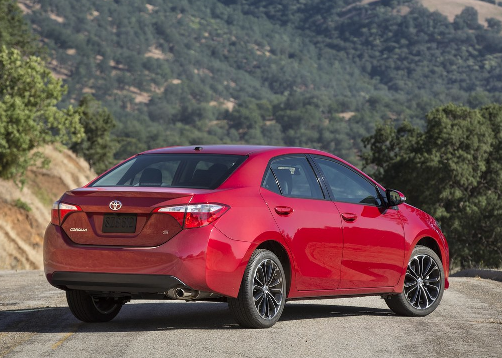 2014 Toyota Corolla red