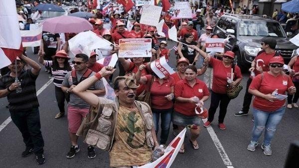 Costa Rica arriba a quinta semana de huelga contra plan fiscal